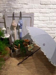 毎年人気の日傘が入荷致しました♥