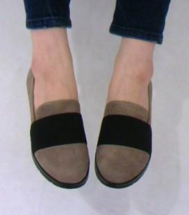 中敷ふかふかクッションの靴を紹介します。