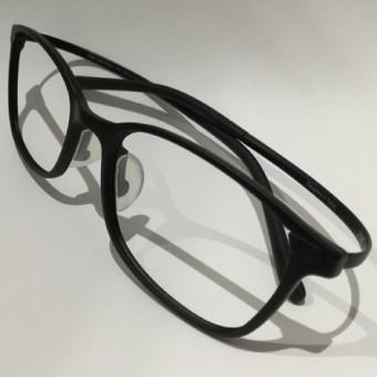 フィット感を高めた新作メガネが仲間入り